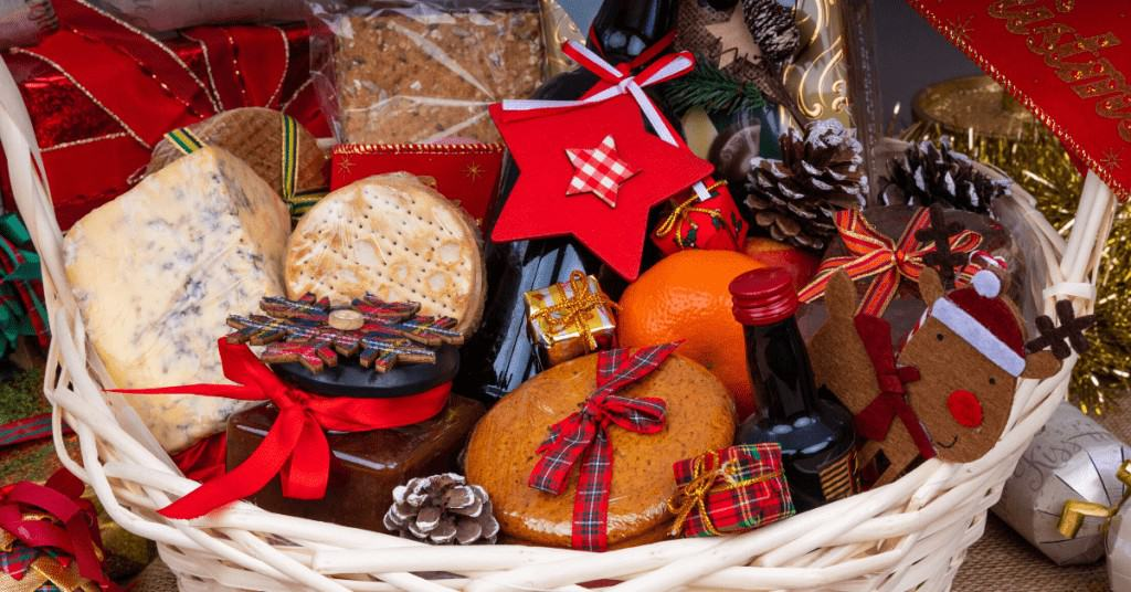 Best-Christmas-Hamper-in-Grass-Gifts