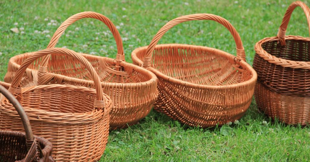 Best-Christmas-Hamper-in-Grass-Wicker-Hampers