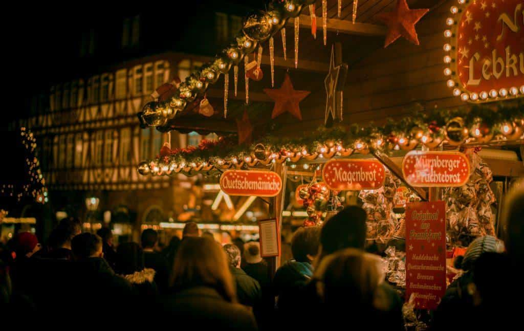 Christmas-Markets-Europe-Crowd