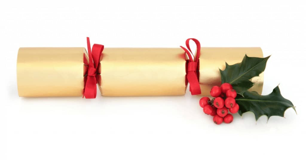 History-of-Christmas-Crackers-Holly-Red