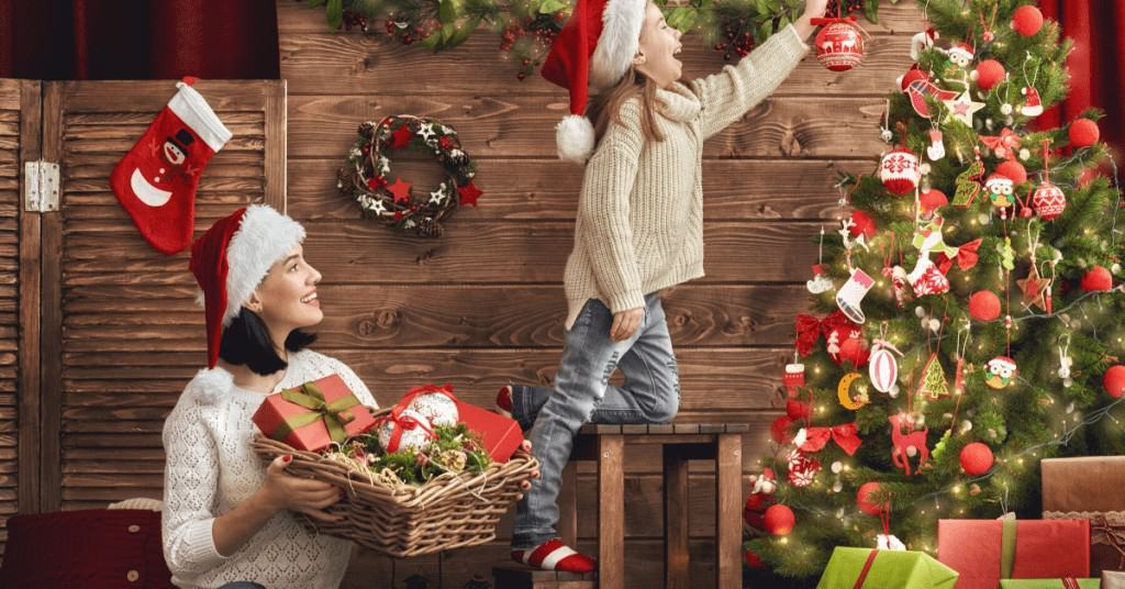History-of-Christmas-Trees-Family-Decorating