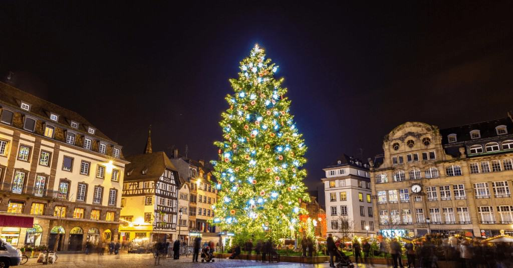 History-of-Christmas-Trees-Town-City