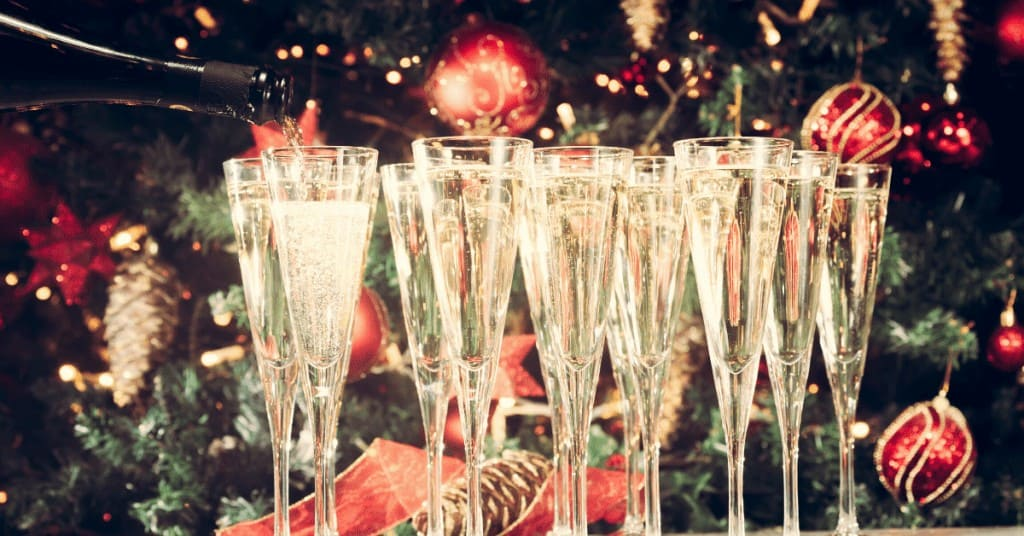 Things-do-Do-This-Christmas-Party-Champagne-Decorations