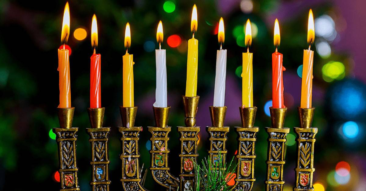 how-to-spell-hanukkah-festival-of-lights-candles-coloured