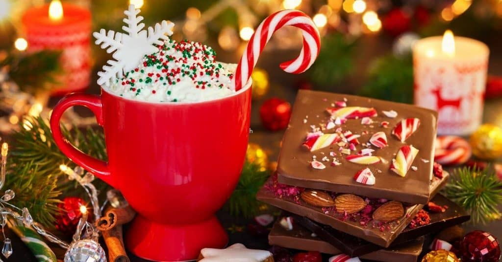 Hot chocolate and festive chocolate slab - Food gifts for Christmas
