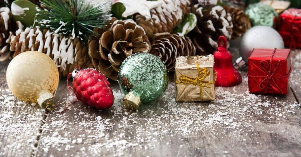 Pine cones, baubles and Farmhouse Ornaments - Open for Christmas