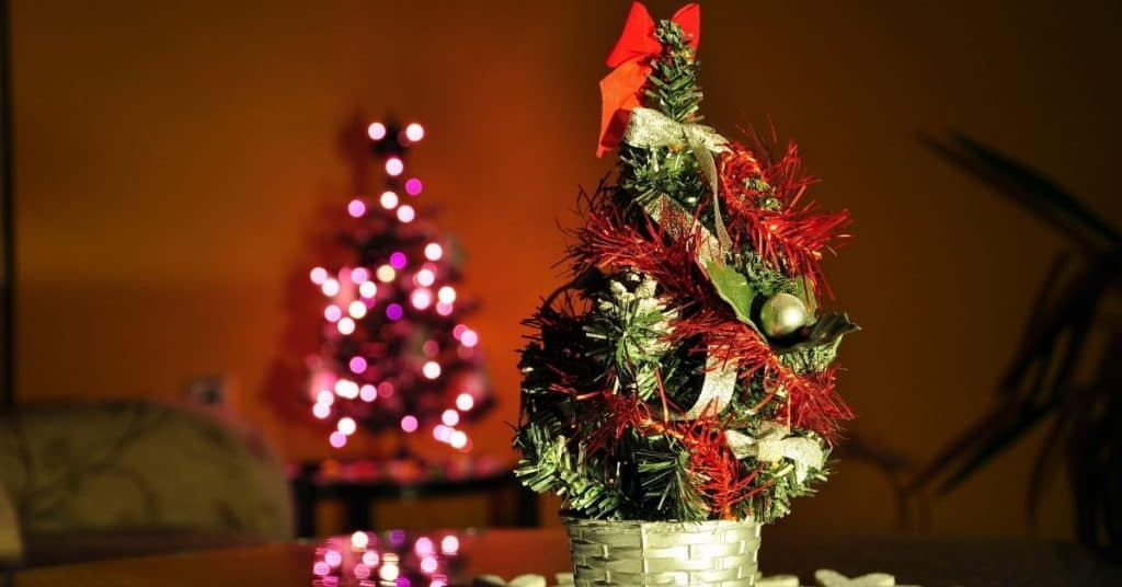 Mini-Christmas-Tree-With-Lights-Tinsel-and-Decorations-Open-for-Christmas