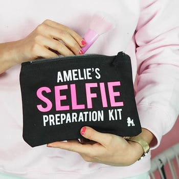 Selfie Make Up Kit - Cheap Stocking Fillers for Teenagers - Open for Christmas
