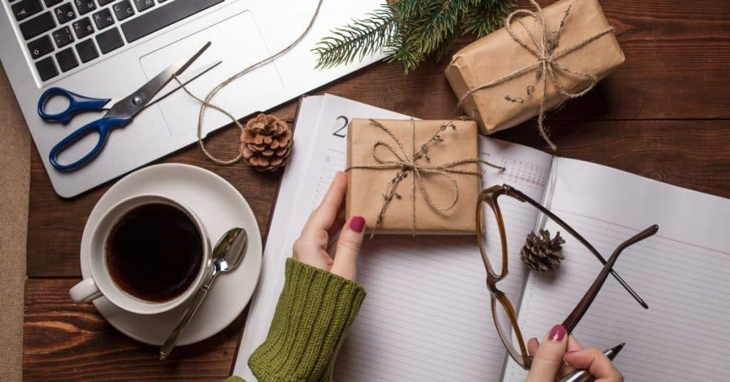 Finding the Best and Unusual Gifts on Amazon UK Website - Open for Christmas